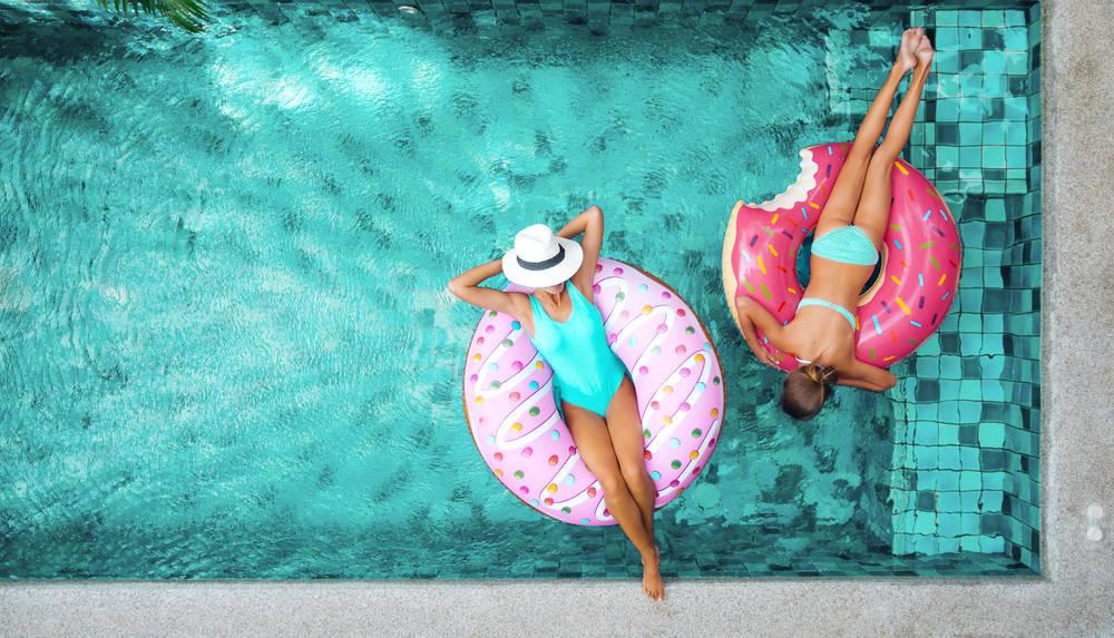¿Qué te gusta más, piscina o playa?